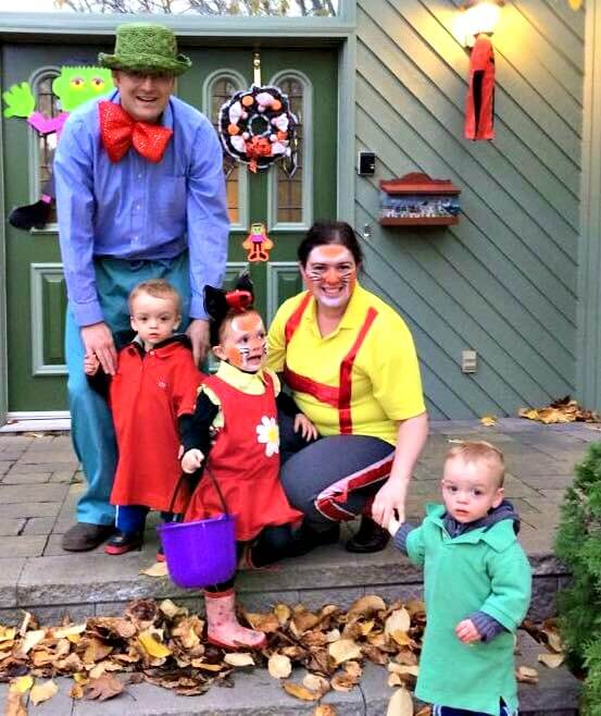 family group five halloween costumes busytown mysteries