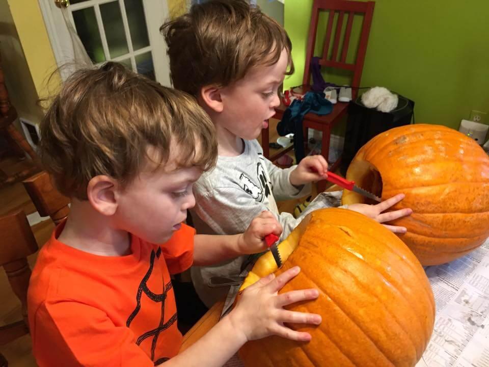 pumpkin carving toasting seeds