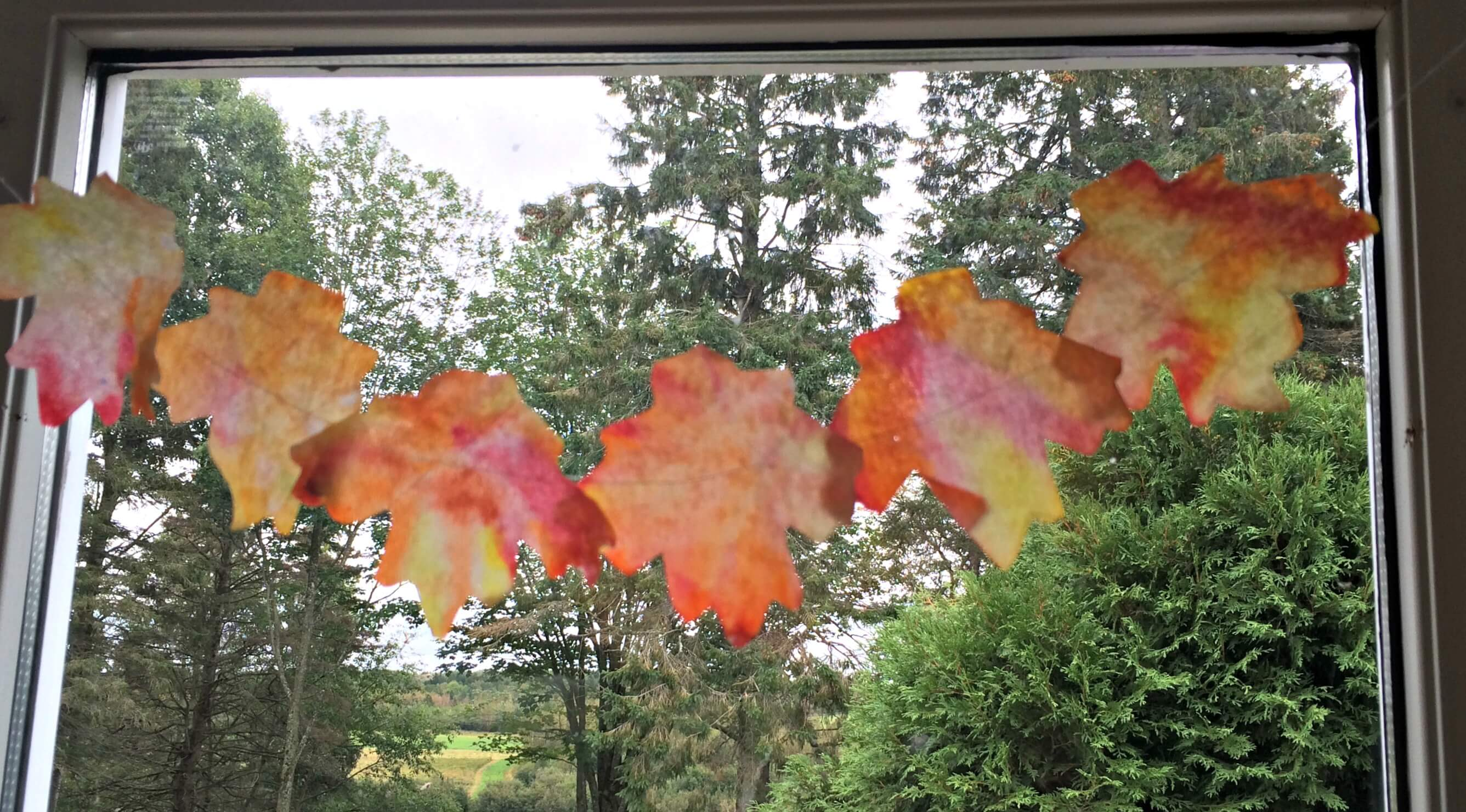 DIY Coffee Filter Fall Leaf Banner