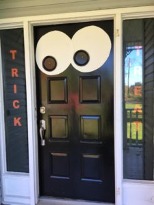 quick easy cheap halloween decorations ideas outside door quick and easy halloween decorating ideas
