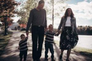 shauna cole human resources maternity leave specialist consultant new brunswick with her two sons and partner walking in saint john