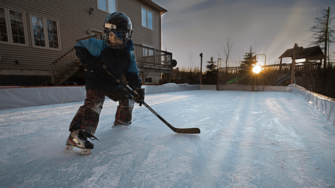 how to make DIY backyard ice rink skating hockey