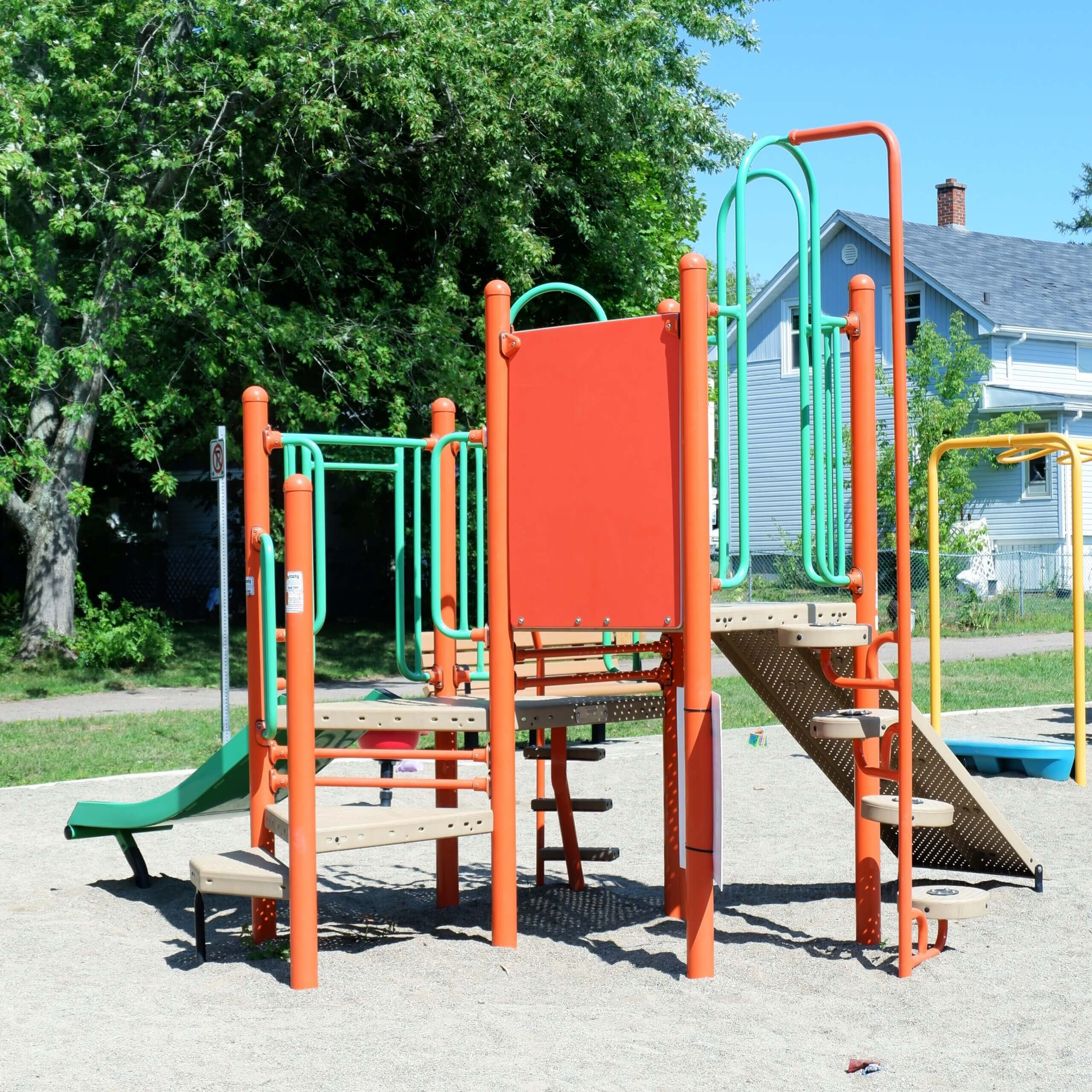 Braemar Park Centre Street Playground Moncton Pickle Planet small structure