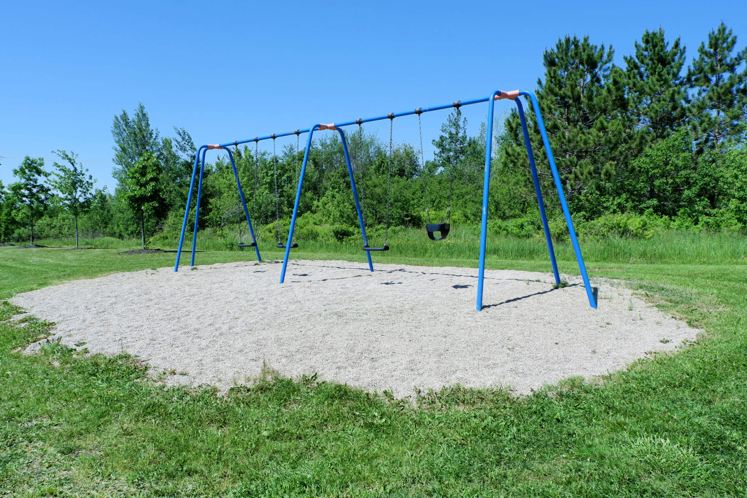 dieppe-hidden-pirate-ship-playground-amand-crescent-swings-infant